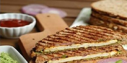 Paneer Vegetable Sandwich